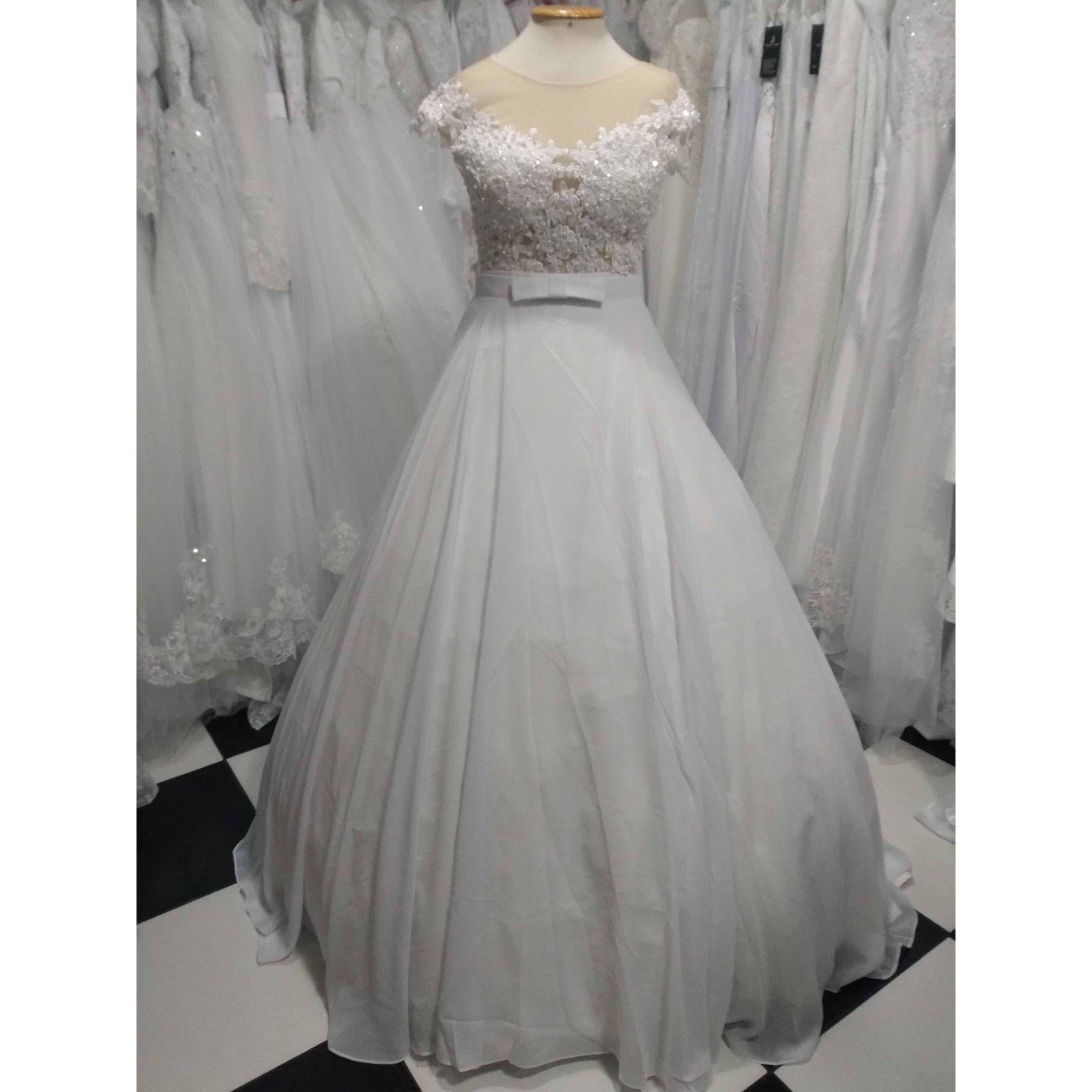 Vestido de Noiva Dois em Um em Chiffon