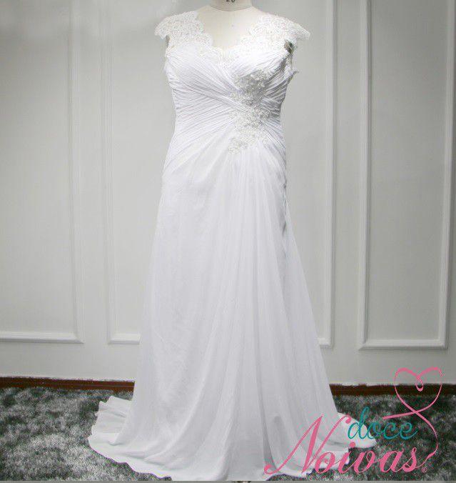 Vestido de Noiva Leve Praia Plus Size Branco e Off white