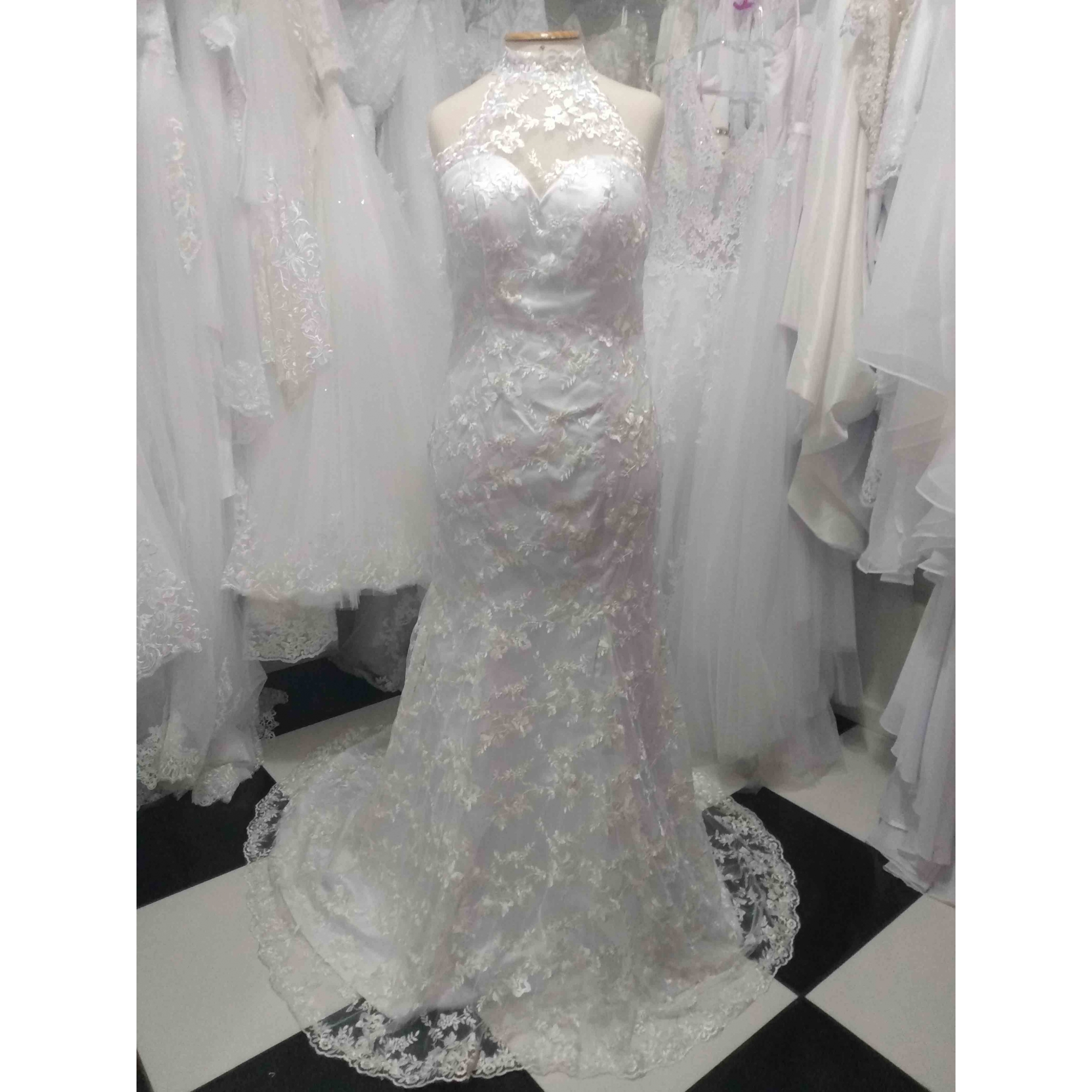 Vestido de Noiva Semi Sereia Gola Gaby