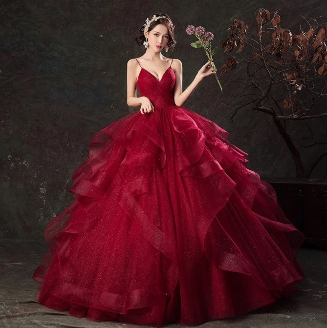 Vestido Debutante  Marsala Alcinha