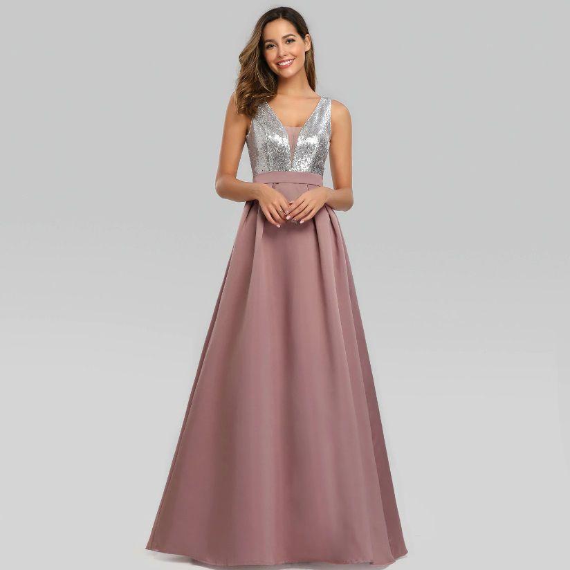 Vestido  Longo Prateado com Rosa Velho