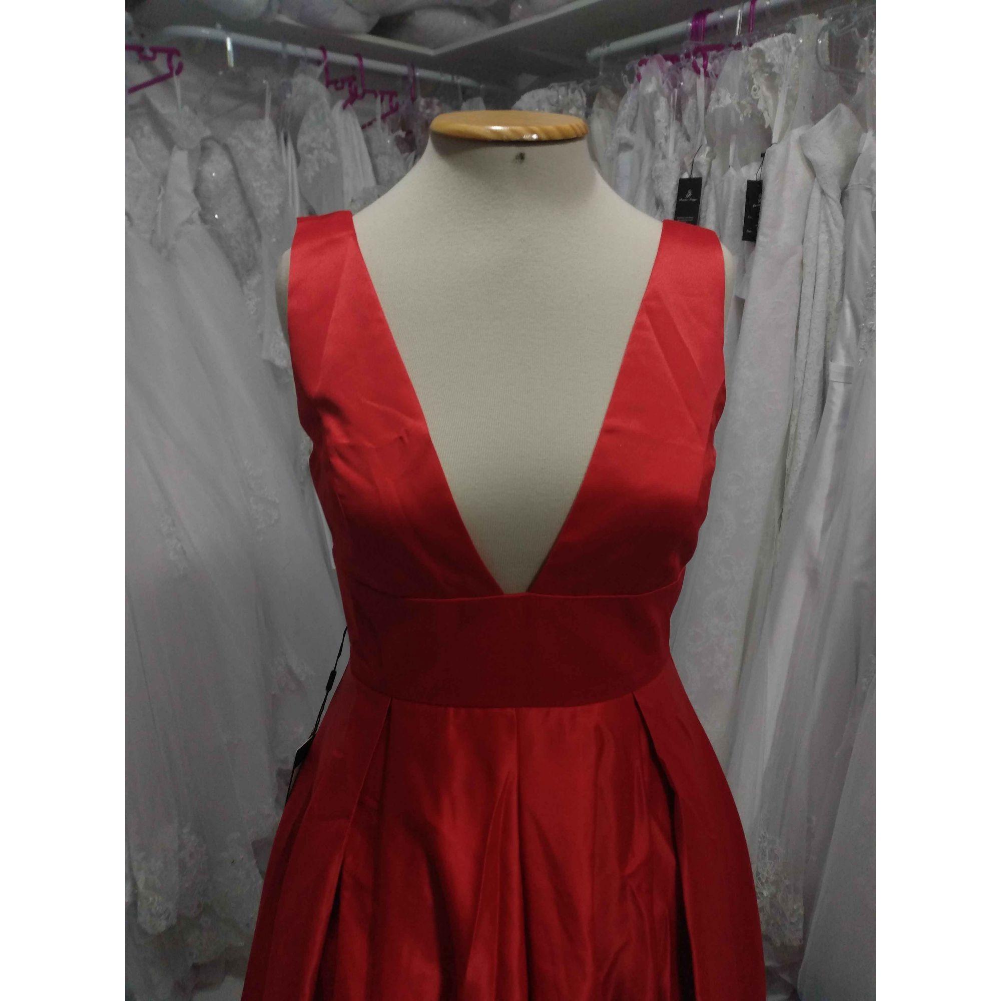 Vestido Longo Vermelho Sangue Decote