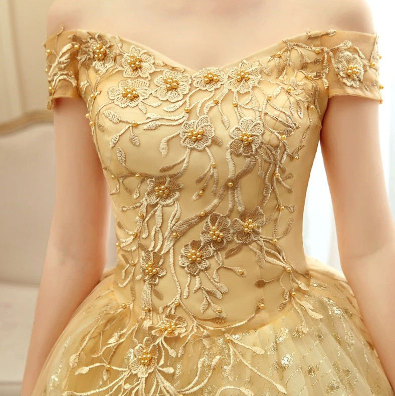 Vestido Ombro a Ombro Dourado