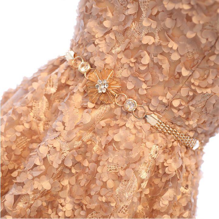 Vestido Tomara que Caia Dourado com Cinto