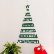 Árvore de NATAL De Plaquinhas - Frase Somos luz e Nomes