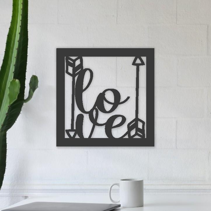 Quadro Decorativo em Recorte Love