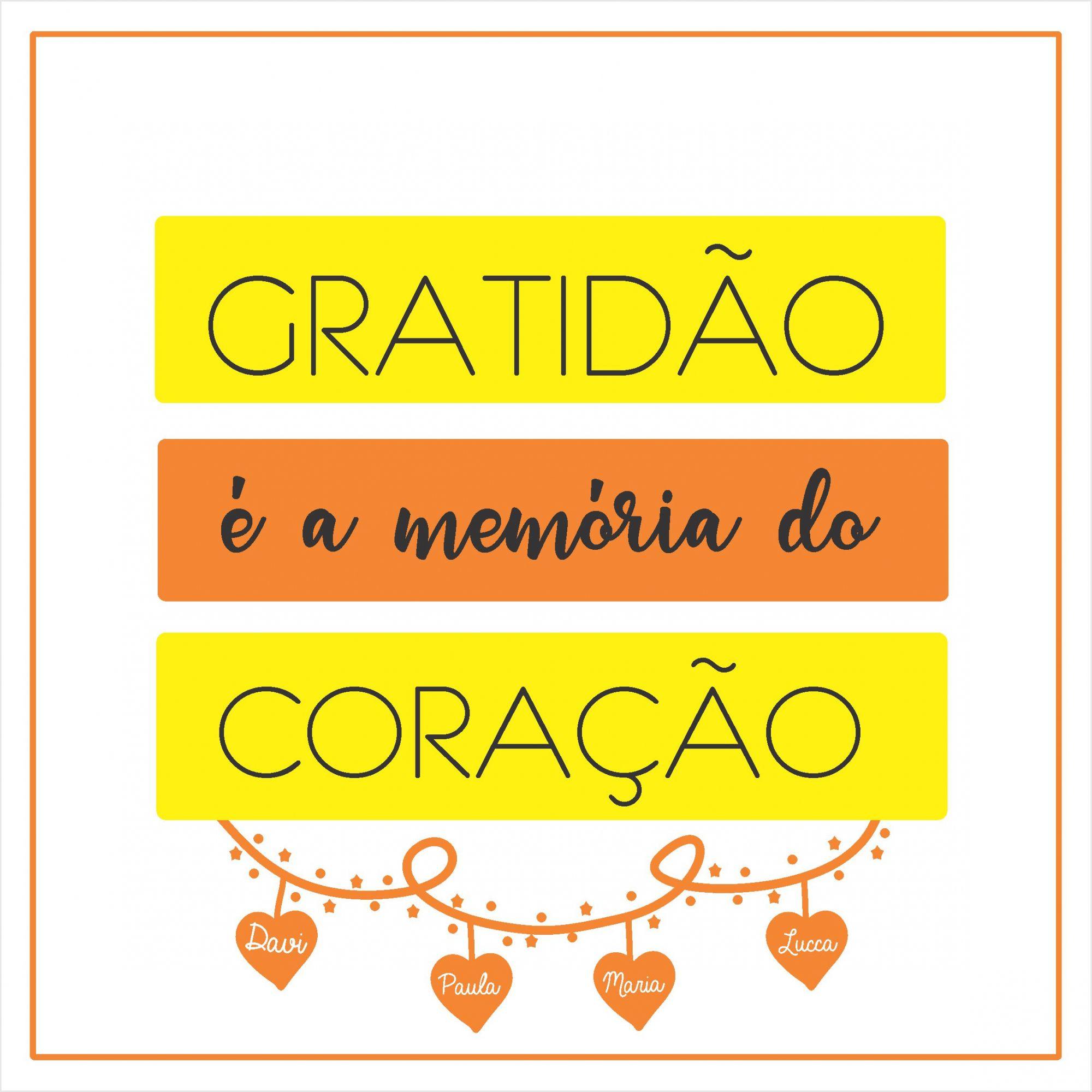 Quadro Personalizado Frase Família - Gratidão é a Memória do Coração
