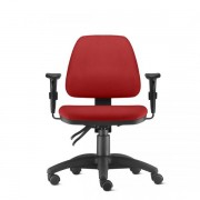 Cadeira Giratória Operacional Sky média com Assento e Encosto Estofado Braços Reguláveis e Mecanismo Back Systen - NR17