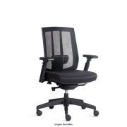 Cadeira Presidente Giratória Song com encosto em tela Braços Reguláveis e Base Piramidal com mecanismo sincronizado Preta