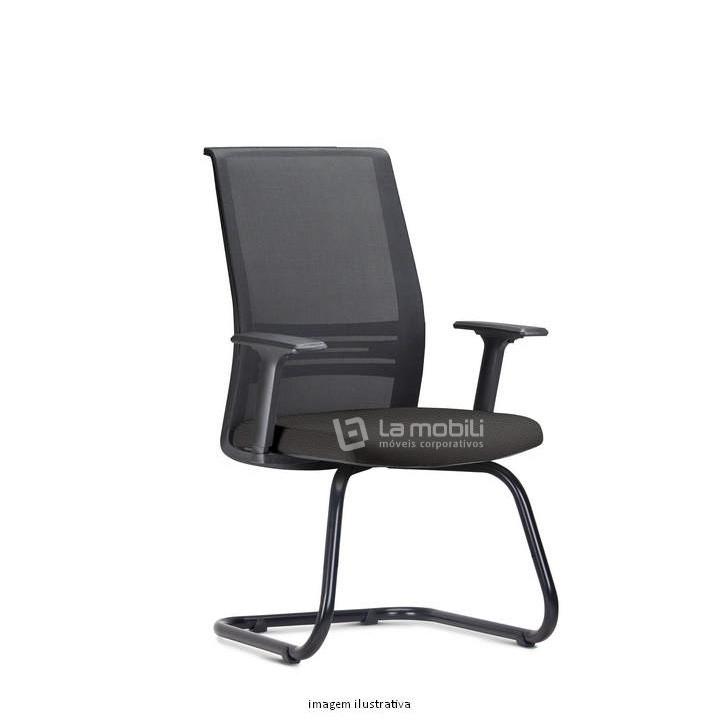 Cadeira Agile Presidente com encosto em tela Braços Reguláveis e Base Fixa em S