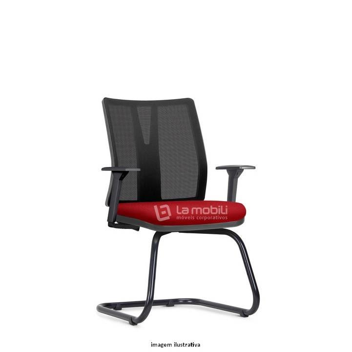 Cadeira Interlocutor Addit com encosto em tela com Braços Reguláveis e Estrutura fixa em S
