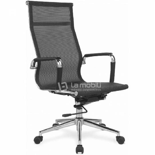 Cadeira Office Presidente Giratoria em Tela com Braços Fixos Cromados e rodizios em PU