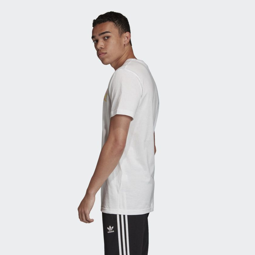 Camiseta adidas Embroidered Multi-Fade