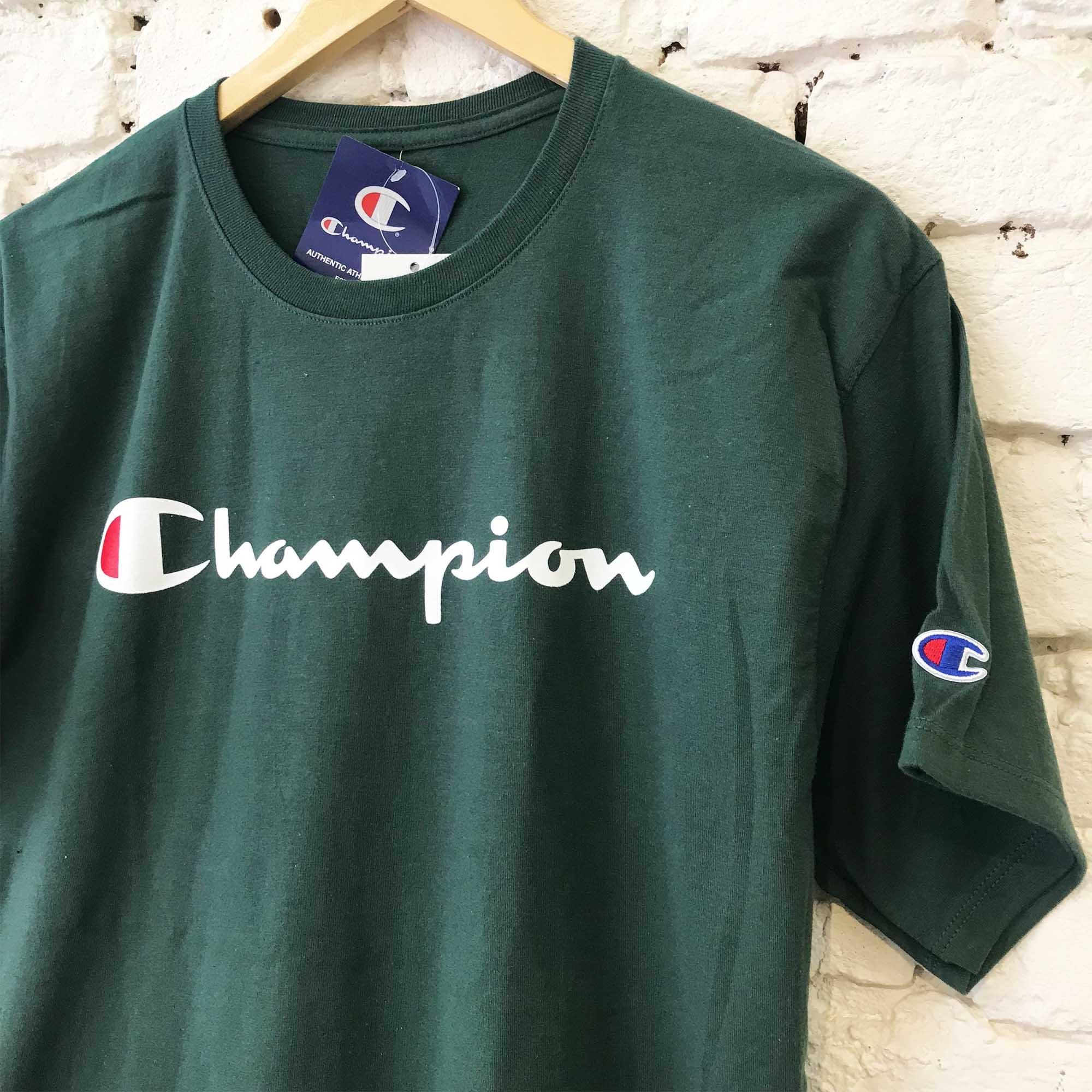 Camiseta Champion Logo Manuscrito Verde