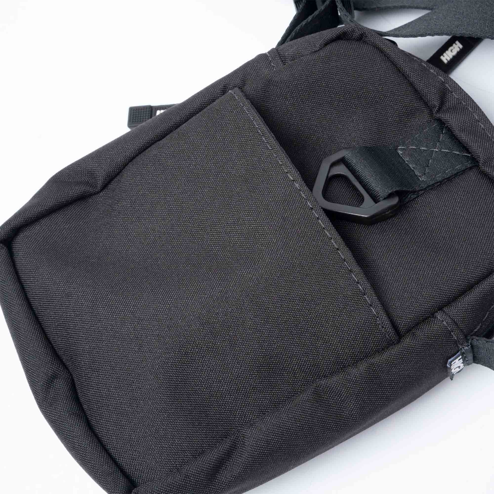SHOULDER BAG HIGH LABEL BLACK