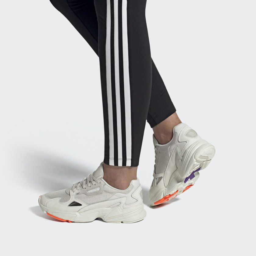 Tênis adidas Falcon W
