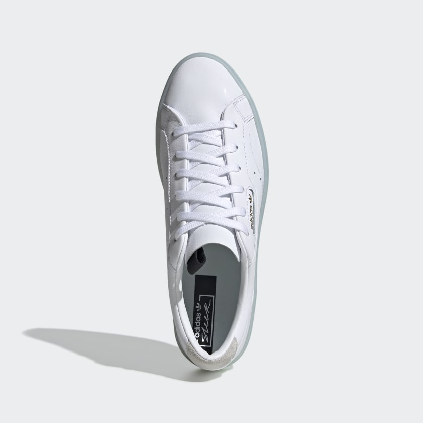 Tênis adidas SLEEK