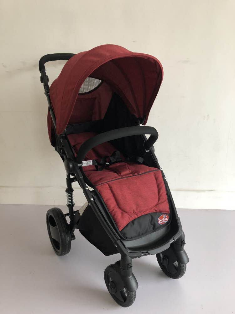 Carrinho de Bebê Week Dardara - Vermelho