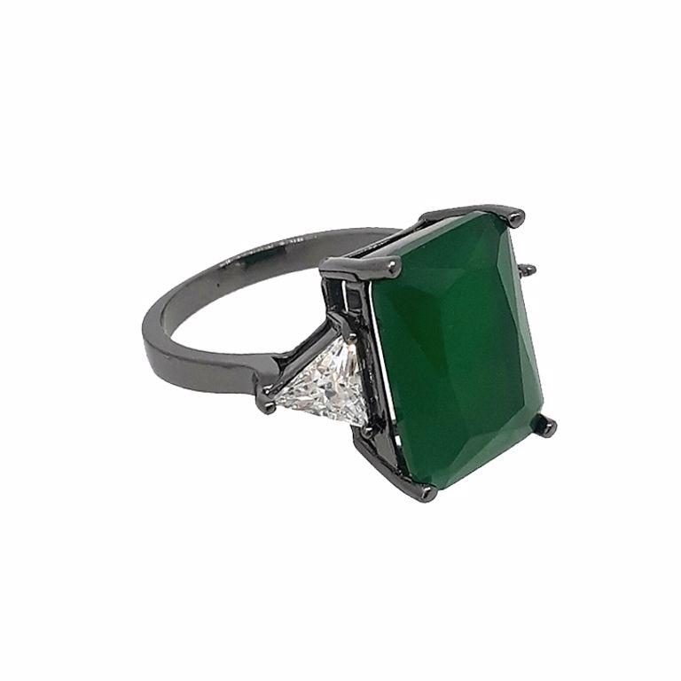 Anel Cristal Verde Esmeralda com Cristal dos lados no Banho de Ródio Negro Semijoia