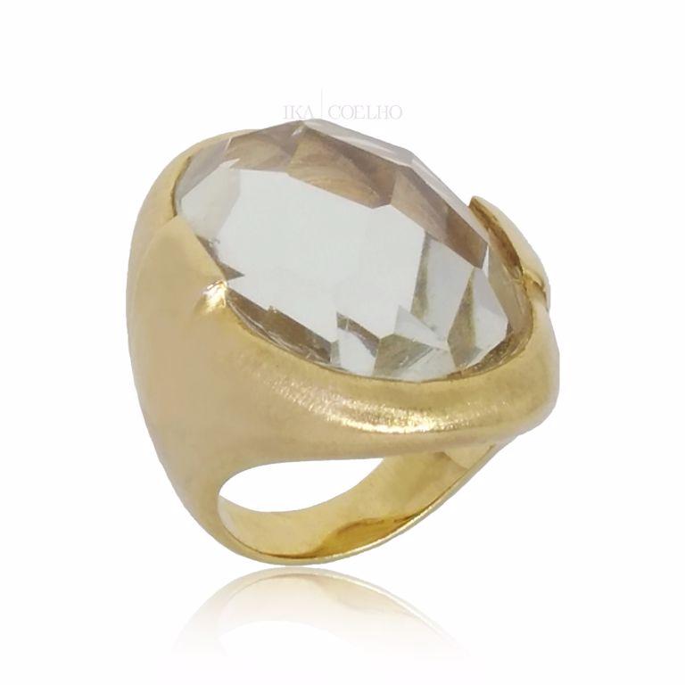 Anel Oval Cristal com Forro Desenhado no Banho de Ouro 18k Semijoia