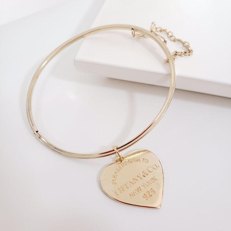 Bracelete com Coração Pendurado Banho Ouro 18k Semijoia
