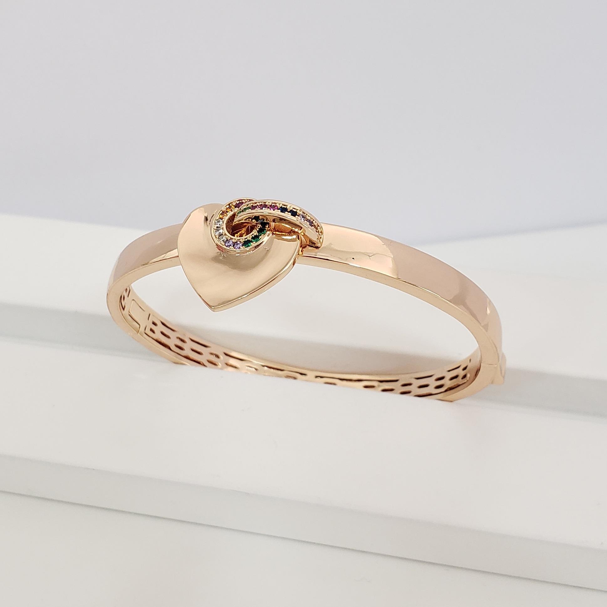 Bracelete Reto Largo com Coração Liso Borda Zircônia Colorida no Banho Ouro 18k Semijoia