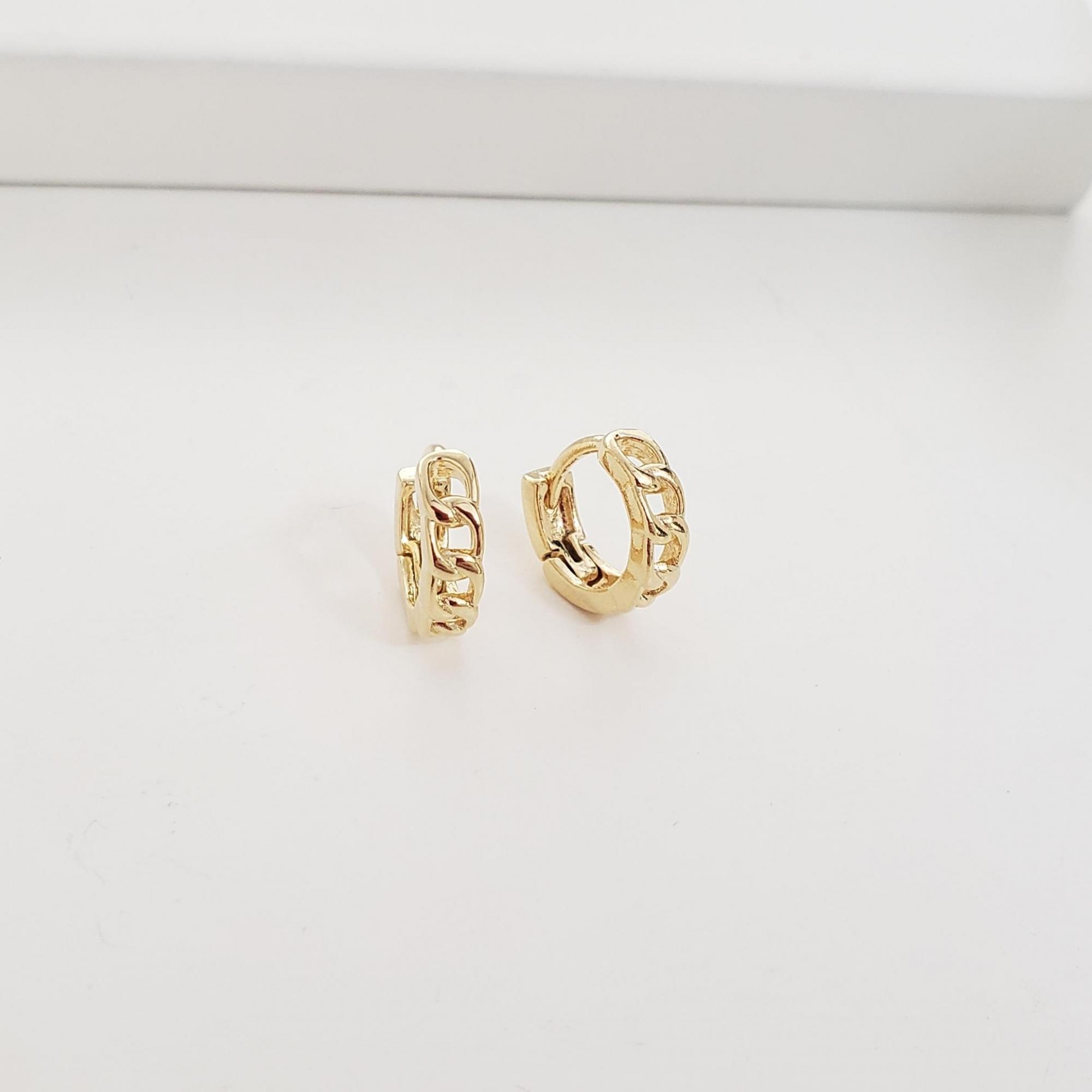 Brinco Argola 1cm Elos Cartier no Banho Ouro 18k Semijoia