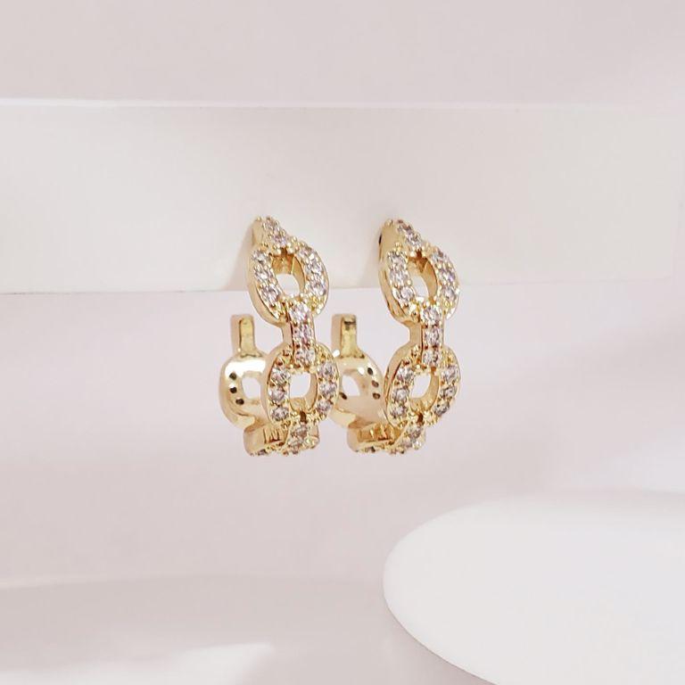 Brinco Argola 2cm Aberta Elos Cartier com Zircônia no Banho Ouro 18k Semijoia