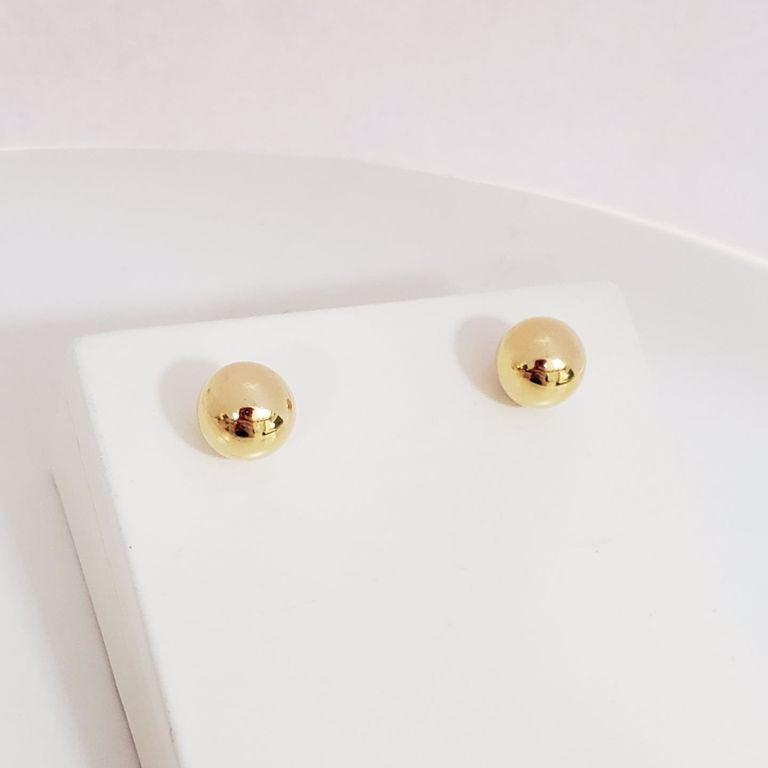Brinco Botão Bola Lisa 0,8cm no Banho Ouro 18k Semijoia
