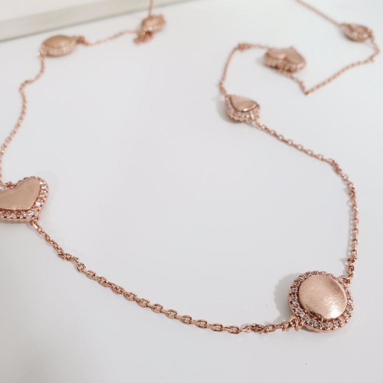 Colar Elo Cartier com Gota, Coração e Círculo Escovado com Zircônia Banho Ouro Rosê Semijoia