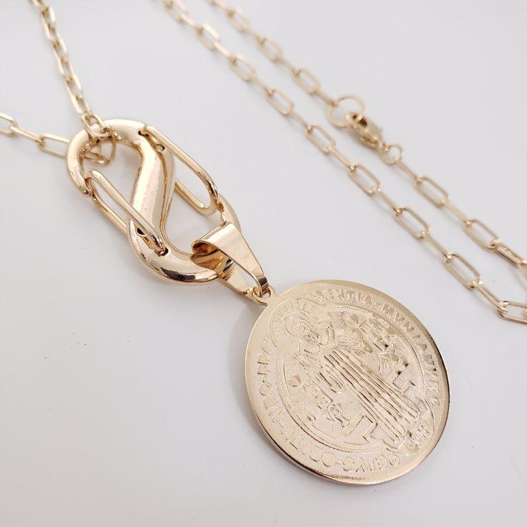 Colar Elo Cartier com Medalha São Bento Banho Ouro 18k Semijoia