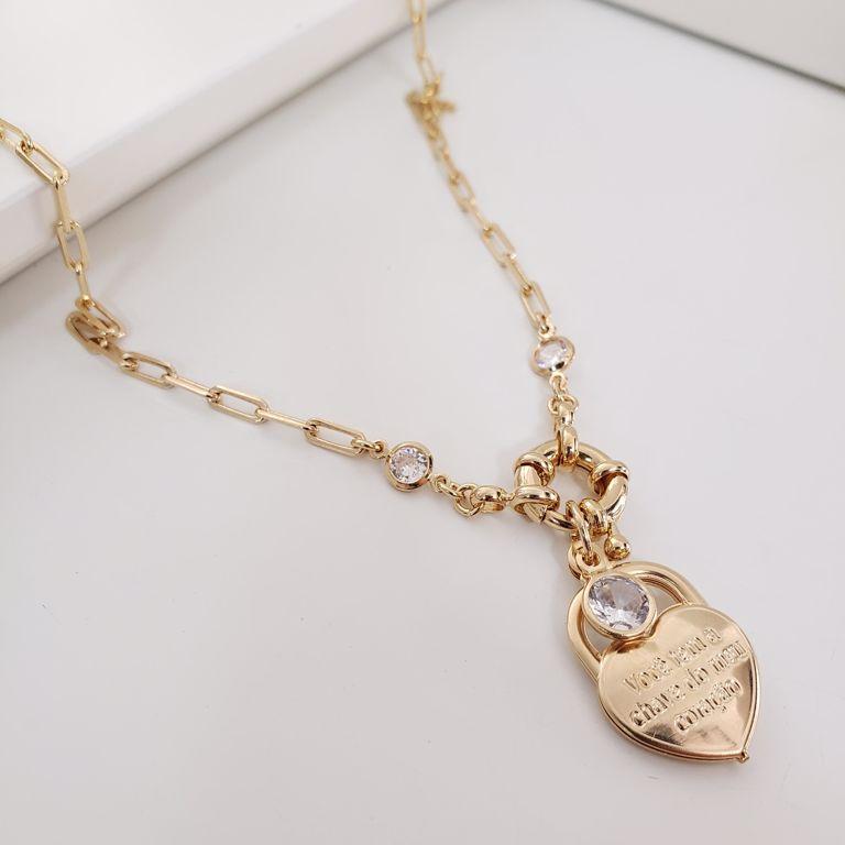 Colar Elo Cartier com Pingente Cadeado Coração e Pontos Zircônia Banho Ouro 18k Semijoia