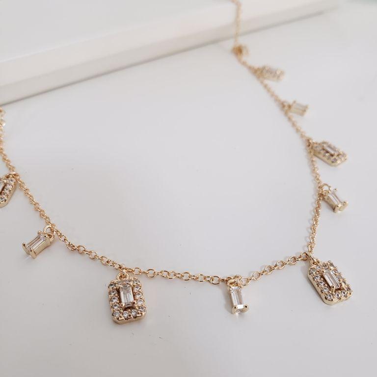 Colar Elos Cartier com Retângulos Cristais com Borda Zircônia Banho Ouro 18k Semijoia