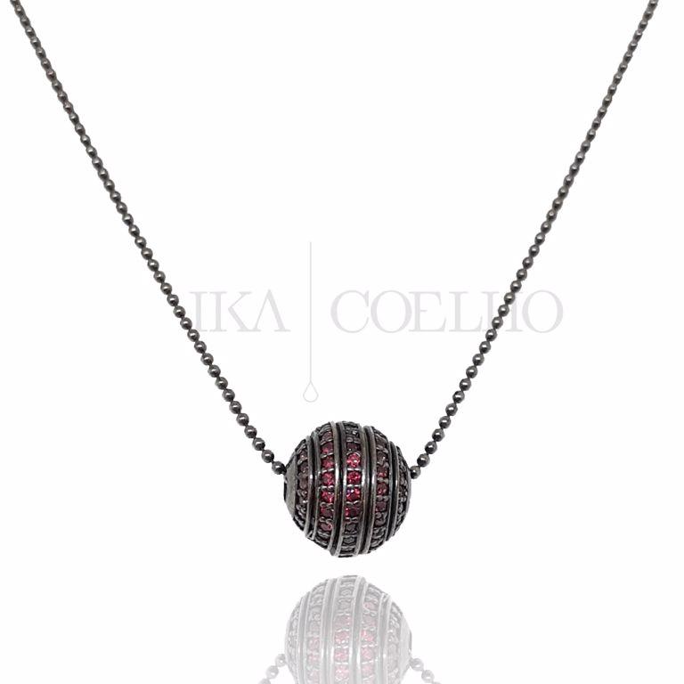 Colar Pingente Esfera Zircônia Rubi Cravejadas no Banho de Ródio Negro Semijoia