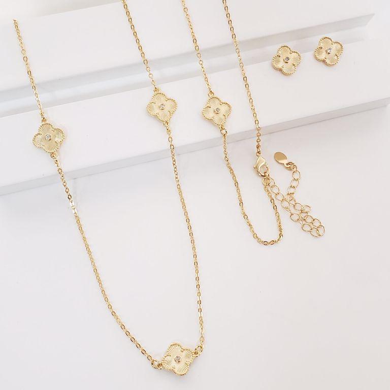 Conjunto Colar Cartier com Flores Van Clif e Brinco Botão no Banho Ouro 18k Semijoia