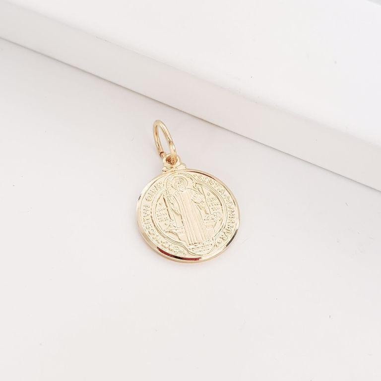 Pingente Medalha São Bento no Banho Ouro 18k Semijoia