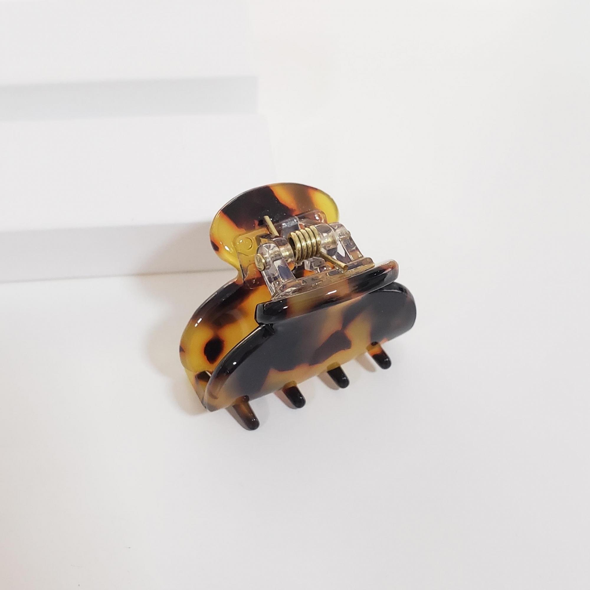 Presilha Acetato Tartaruga Escura Pequena