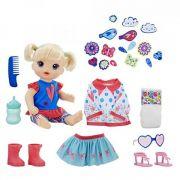 Boneca Baby Alive Vestida para Passear Loira E2101 Hasbro