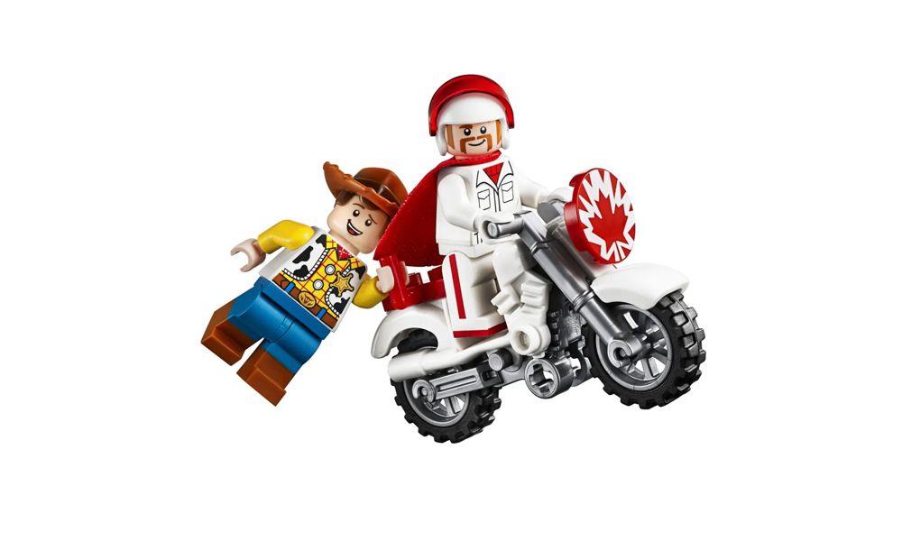 Lego Toy Story 4 Show de Acrobacias Duke Caboom 120 Peças 10767 Lego