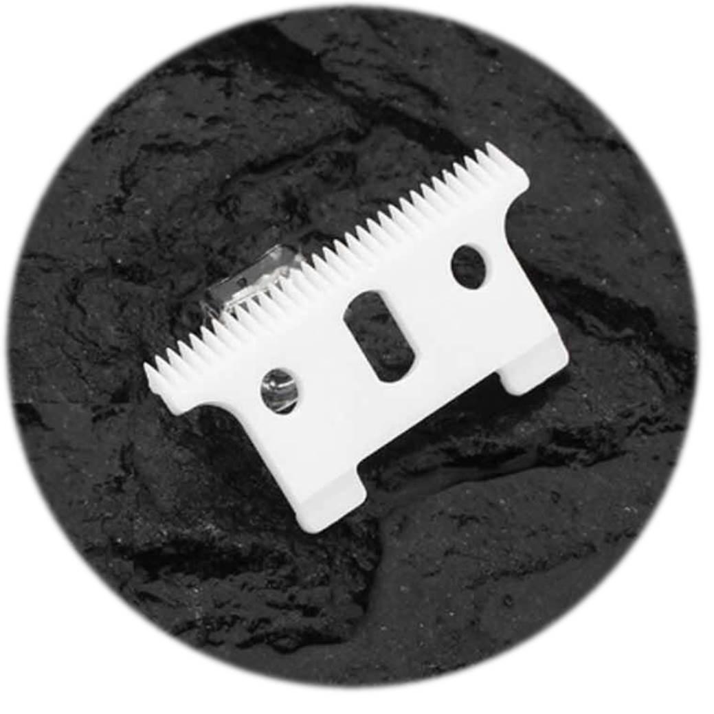 Barber Combo Andis ( Máquina de Corte profissional Envy US-1 e Máquina de Acabamento T - Outliner )