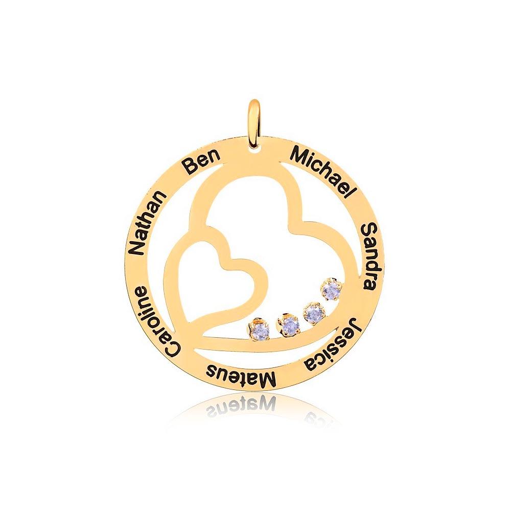 Corrente Personalizado Redondo com 2 Corações Vazados 7 Nomes Folheado Ouro com Zircônias Brancas Vazado