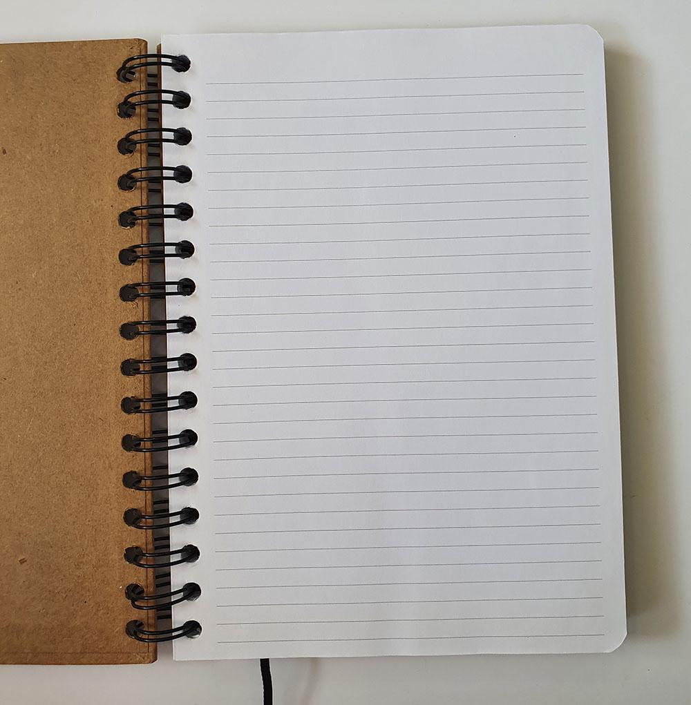 [DESAPEGO - NOVO] Caderno A5 Capa Dura - Folha Pautada
