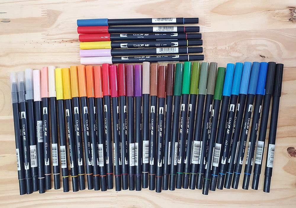 [DESAPEGO - USADO] Kit 12 Tombow Dual Brush 31 cores + 3 blenders + 6 de brinde