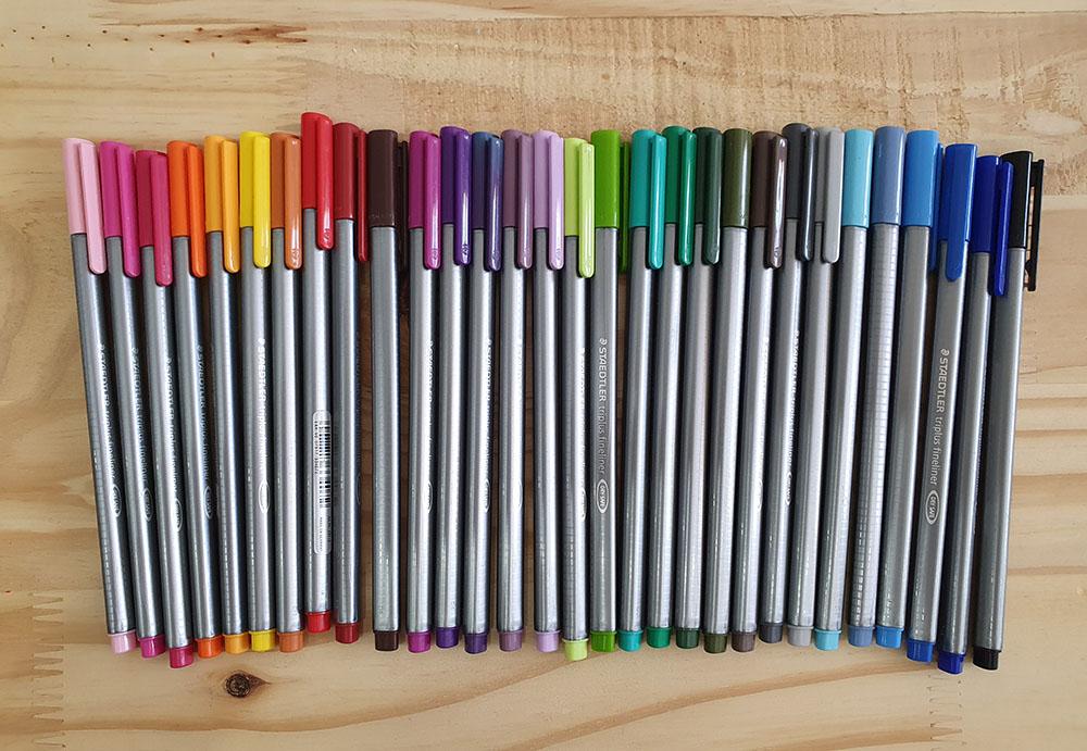 [DESAPEGO - USADO] Kit 30 canetas Staedler Triplus Fineliner