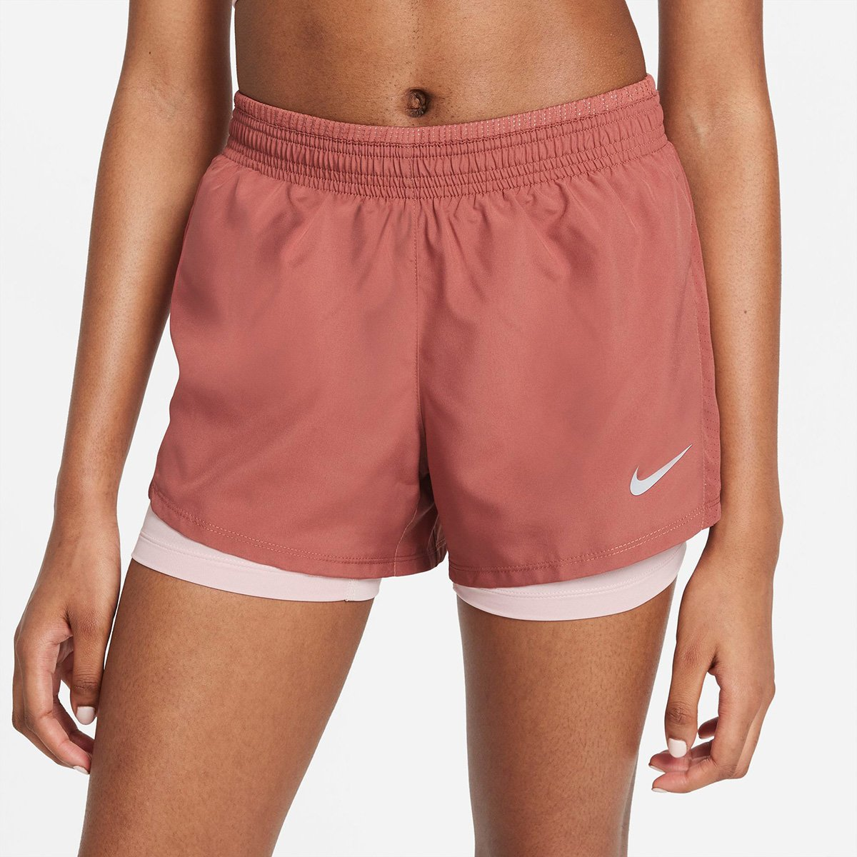 Short Nike 10K 2 em 1 Feminino Marsala  - PROTENISTA