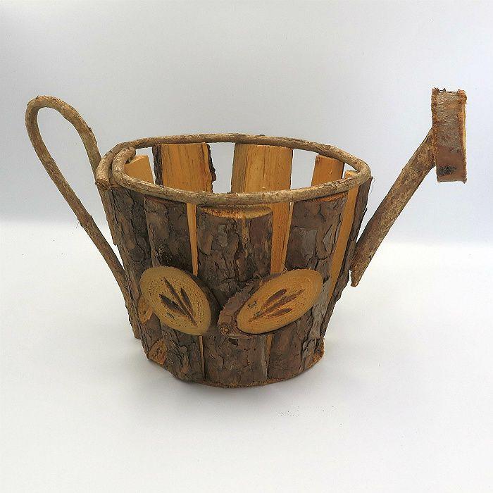 Cachepo de madeira - modelo regador -  20 cm x 19 cm x 32 cm