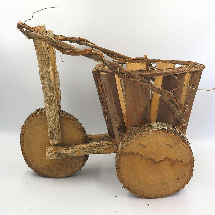 Cachepo de madeira - modelo triciclo -  27 cm x 29 cm x 33 cm