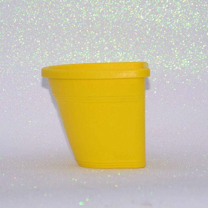 Vaso de parede - amarelo - 15 cm