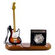 Miniatura Palco Contrabaixo e Amplificador