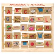 Aprendendo o Alfabeto Bichionário
